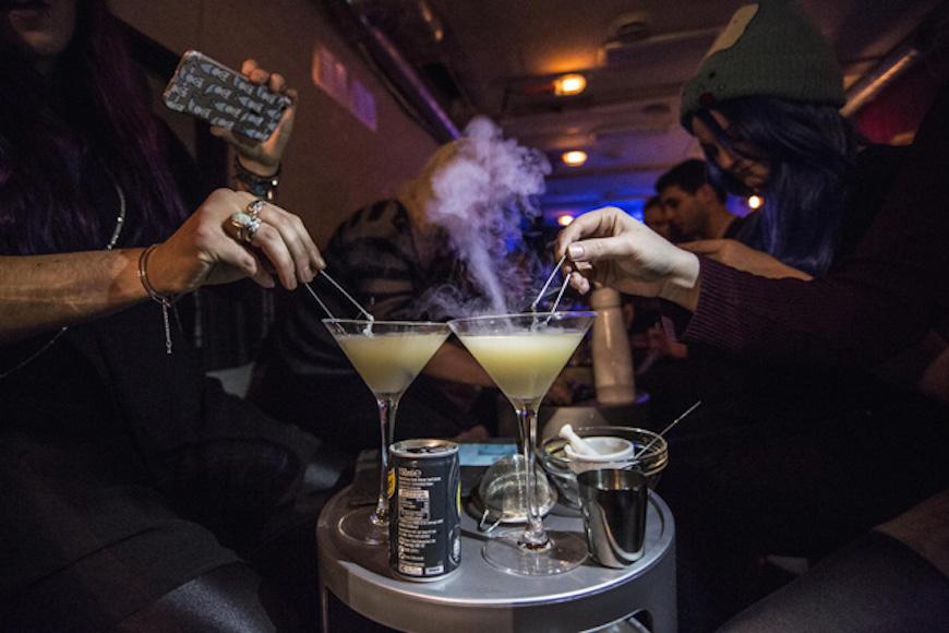 Cet-été-un-bar-à-cocktails-Breaking-Bad-va-ouvrir-à-Paris-6