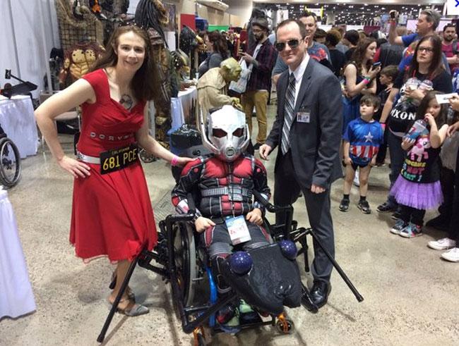 enfant-handicape-cosplay-ant-man-2