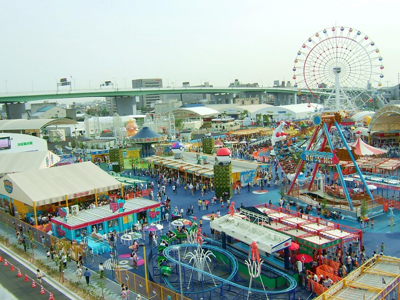 Expo_2005_Sasashima_Satellite_Studio_De_La_Fantasia05