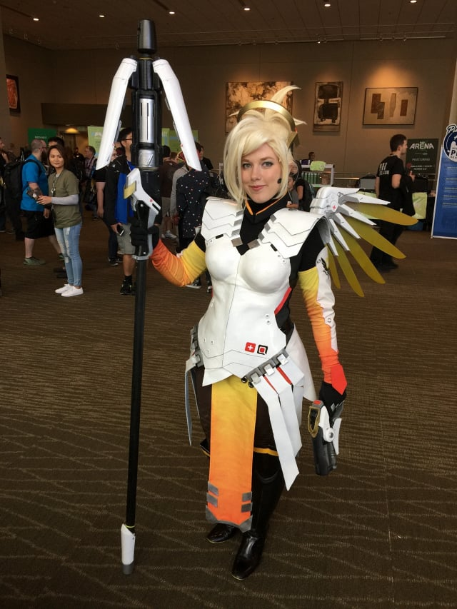 amazing-cosplay-from-the-floor-at-pax-west-2016_fr2a-640