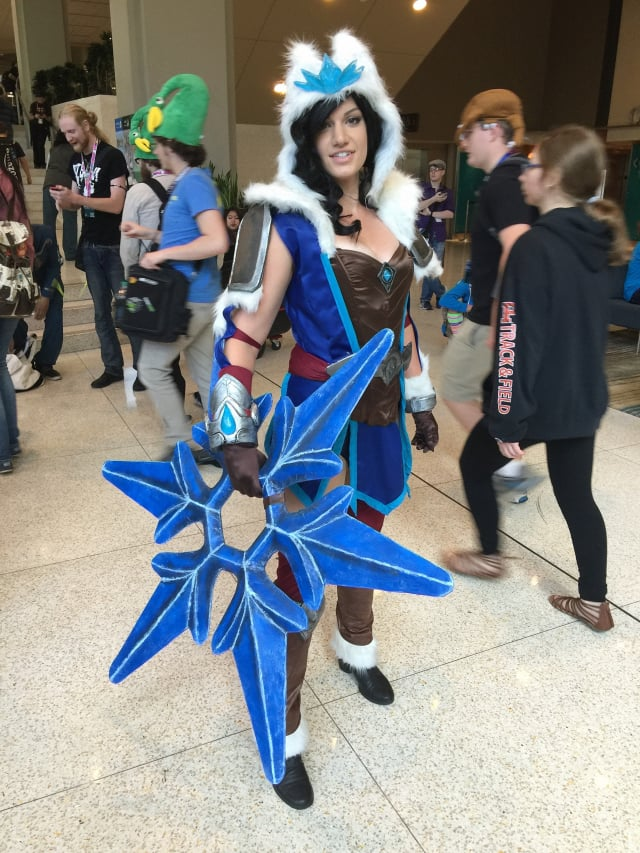 amazing-cosplay-from-the-floor-at-pax-west-2016_v651-640