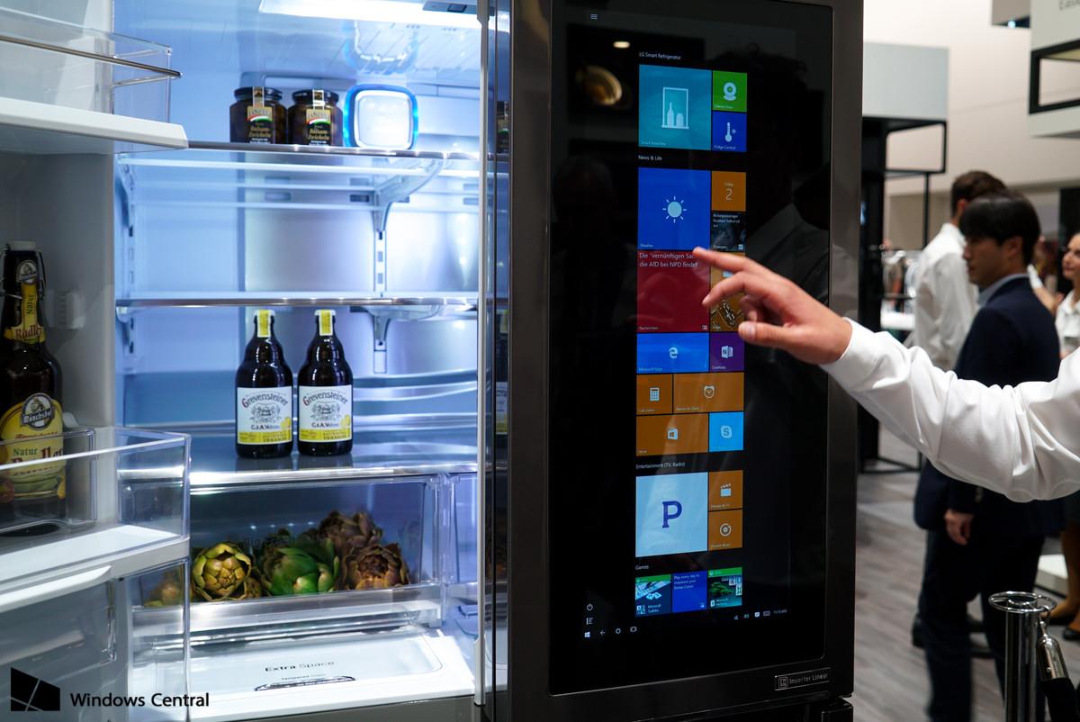 lg-smart-instaview-fridge-3