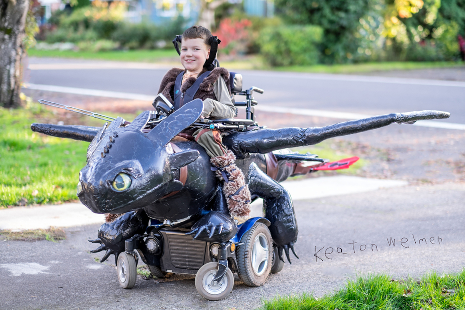 magic-wheelchair-dragon