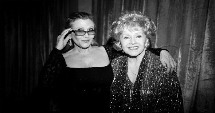 Debbie Reynolds la mère de Carrie Fisher est morte aujourd'hui un jour après le décès de sa fille!