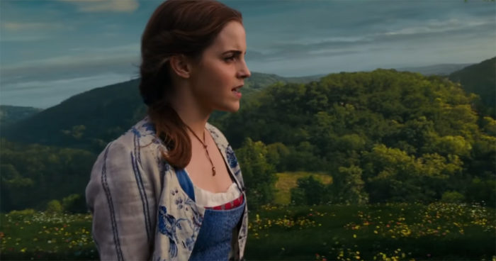 La Belle et la Bête: Emma Watson chante dans un nouveau teaser!