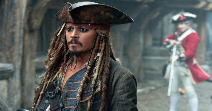 Pirates des Caraïbes: C'est un autre acteur très connu qui aurait dû incarner Jack Sparrow au début!