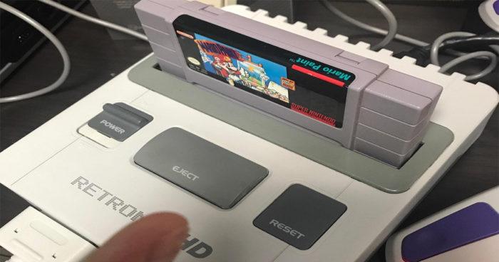 Une SNES mini qui lit les cassettes a été annoncée!