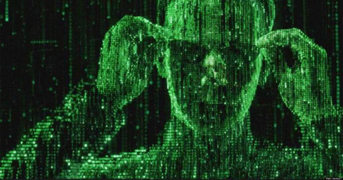 18 ans plus tard, on connaît enfin la signification du code vert de la Matrix