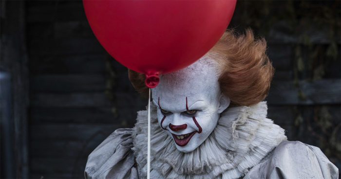 Ça: Bill Skarsgard dit avoir été hanté par son personnage du clown maléfique