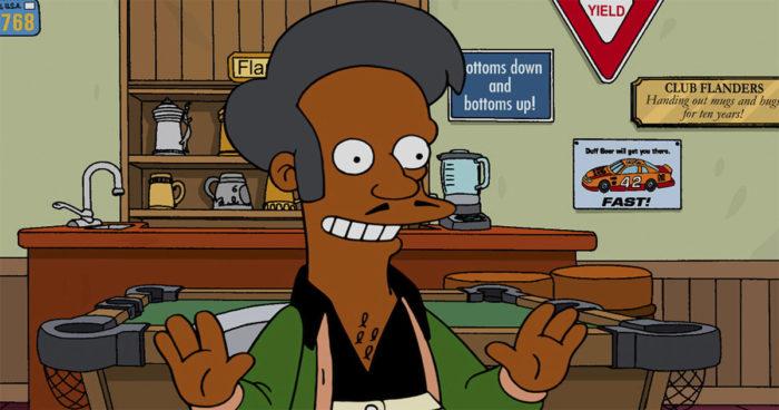 Les Simpsons: Accusée de racisme, la série répond à la controverse liée à Apu
