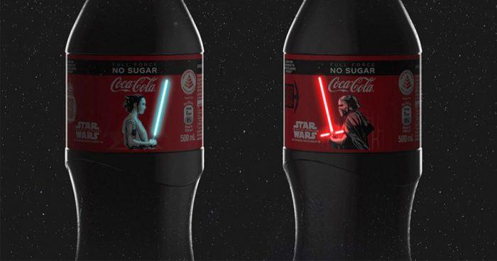 Coca Cola lance des bouteilles OLED avec des sabres laser lumineux pour Star Wars IX