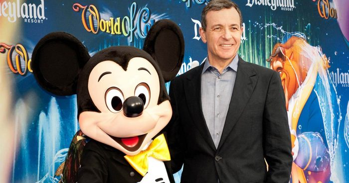 Après 15 ans, Bob Iger quitte son poste de PDG chez Disney