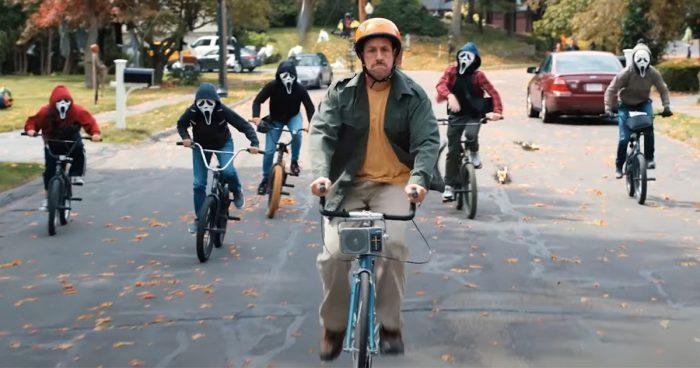 Netflix dévoile la première bande-annonce de son film d'Halloween avec Adam Sandler