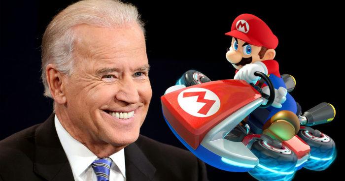 Le président Joe Biden a été aperçu en train de jouer à Mario Kart