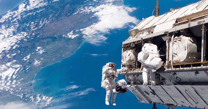 27 photos à couper le souffle prises depuis la Station spatiale internationale