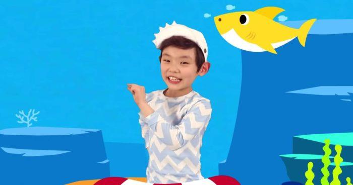Il y a maintenant plus de visionnement sur la chanson Baby Shark que de personne sur Terre